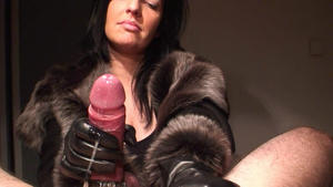 KLIXEN LEATHER: ON YOUR COCK