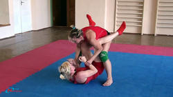 On June, 28th 2010. The open championship of club on submission wrestling. Results Th_06814_05_122_413lo