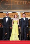 th_90916_Tikipeter_Jessica_Chastain_The_Tree_Of_Life_Cannes_068_123_455lo.jpg