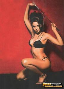 Mallika Sherawat sexy lingerie
