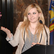 Abigail Breslin at the Empire State Building in New York 04/21/14