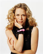 http://img252.imagevenue.com/loc554/th_49227_OTH_season3_Bethany_Joy_Galeotti4_122_554lo.jpg