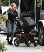 http://img252.imagevenue.com/loc591/th_559220618_Hilary_Duff_at_the_Four_Seasons_Hotel12_122_591lo.jpg